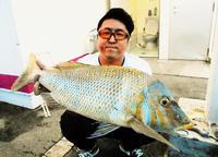 [有釣天]平敷屋で短時間釣行 引き寄せたのは…72センチのタマン
