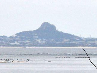 (資料写真)米軍伊江島補助飛行場がある伊江島