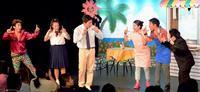 笑撃!手話を使って「観る笑い」 劇団アラマンダ 沖縄で旗揚げ