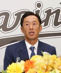 ロッテの岡田「充実の野球人生」 守備の名手、今季限りで引退