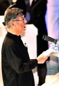 共生の心、受け継ぐ決意 大田元知事県民葬