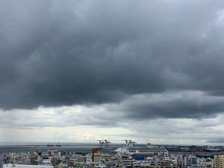 きょう10日は入梅。夕方ごろから雨雲が広がり、あすにかけて激しい雨の予報です。
