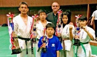 上位入賞を果たした県勢5選手ら(提供)