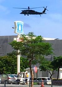 「異常事態か?」住民ら騒然 那覇市街地で空自ヘリ隊員降下・・・予行演習でした