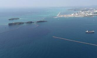 軟弱地盤の改良工事が計画されている大浦湾側の海域=名護市辺野古