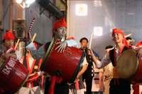 栄光学園の生徒が沖縄で「栄光祭」 空手やエイサー披露、肉まんも販売